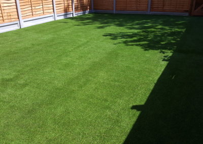gravelboard-artificial-grass-edging